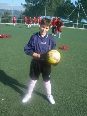 Cristian Penela sigue dando bos resultados na selección